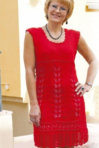 Kleid mit Ajourmustersaum