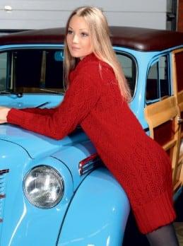 Kleid mit breitem Kragen