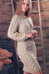 Kleid mit Zöpfen