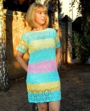Sommerkleid im Ajour-Zopfmuster