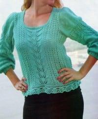 Pullover mit Häkelbordure