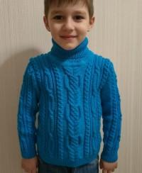 Rollkragenpullover für Kinder mit Zopfmuster