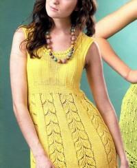 Kleid mit Blattmuster