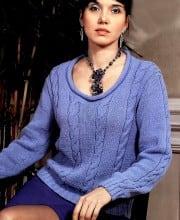Pullover mit tieferem Halsausschnitt