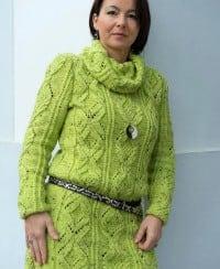 Pullover mit Kragen-Loop